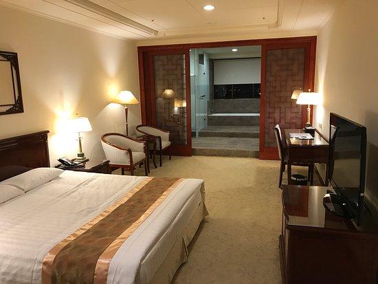 King's Paradise Hotel: キングズ パラダイス ホテル