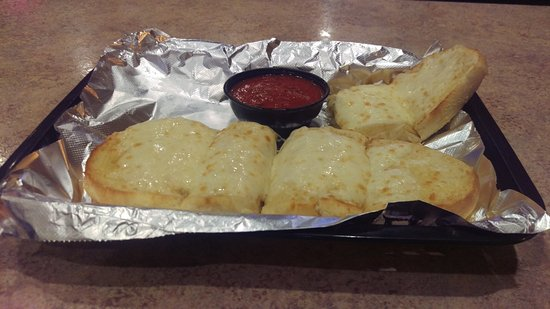Circleville, OH: garlic bread with cheese