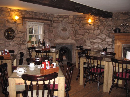 Bankfoot Inn: COMFORTABLE DINING ROOM