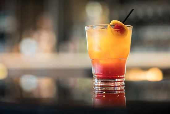 WhiteCaps Drinks + Eats: Globally inspired, regionally crafted, locally sourced cuisine...with warm, attentive service