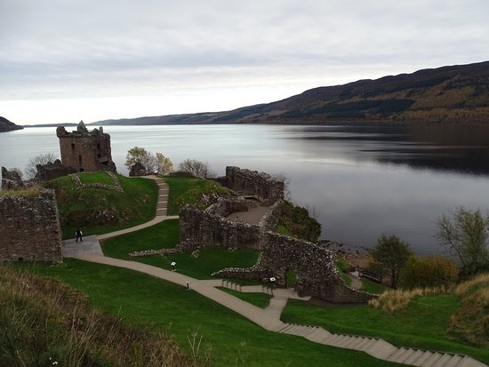 Urquhart Castle: photo0.jpg