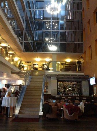 Hotel Avalon: Lobby / Atrium