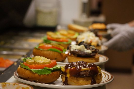 New Market, VA: Burgers, Burgers, and More Burgers