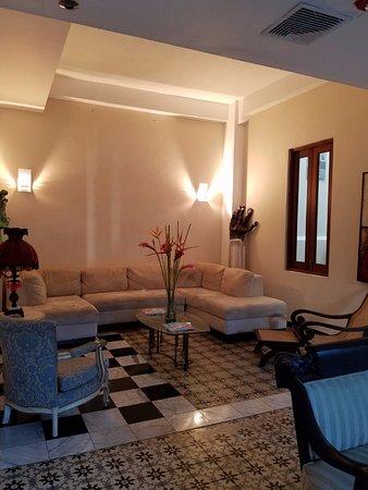 Da House Hotel: Lobby