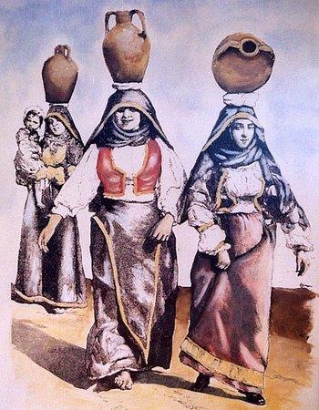 Petrignano d'Assisi, إيطاليا: Donne con anfore -Quadro murales