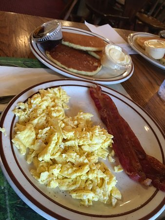 Mahomet, IL: Great daily special breakfast!