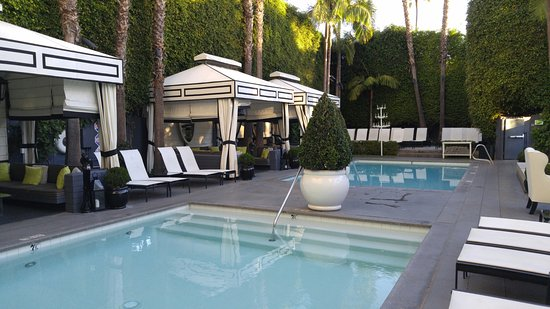 Viceroy Santa Monica: Pool area