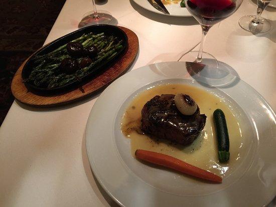 andiamo italian steakhouse 8 oz filet mignon demi glaze sauce grilled