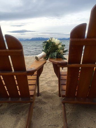 Hyatt Residence Club Lake Tahoe, High Sierra Lodge : Beautiful views for my best friends fall wedding