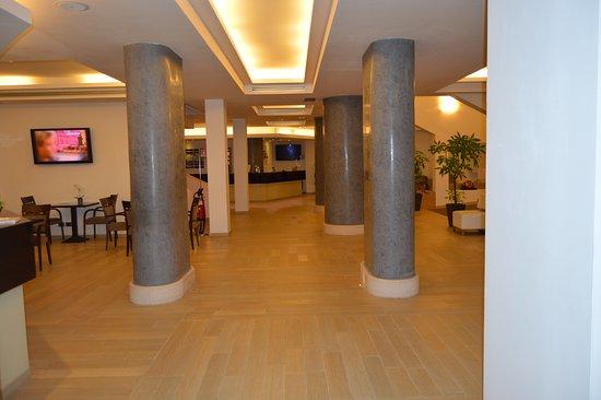 section of the lobby picture of occidental aurelia rome tripadvisor rh tripadvisor com