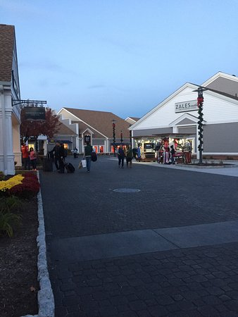 Woodbury Common Premium Outlets: photo0.jpg