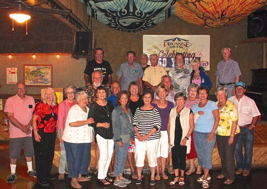 Raytown, MO: High School Class Reunions - Celebrate at Fun House Pizza & Pub!