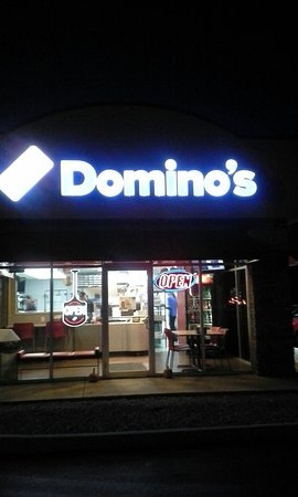 Milford, OH: Domino's Pizza