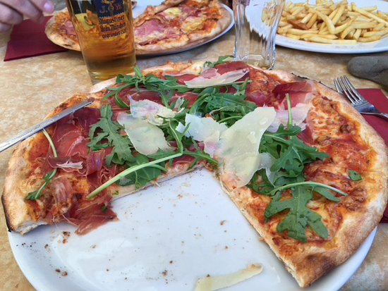 Ristorante Pizzeria Trastevere da Vincenzo: La foto dice tutto: un'ottima pizza
