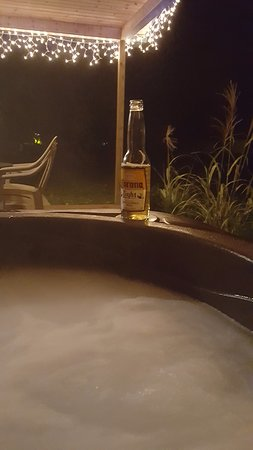 Marienville, PA: A Nice Relaxing Soak in the Jacuzzi