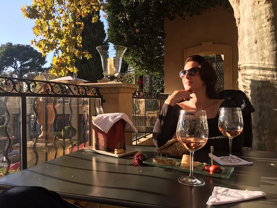 Villa Gallici: Mike wife soaking up the Provencal sunshine