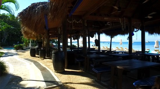 Sandals Negril Beach Resort & Spa: Barefoot Restaurant