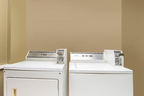 Super 8 Temple: Guest Laundry