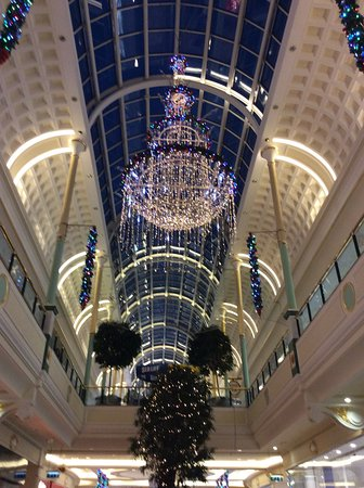 Cake Decorating Trafford Centre : photo0.jpg - Picture of intu Trafford Centre, Stretford ...