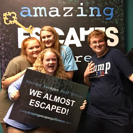 these folks escaped! - picture of amazing escapes gulf breeze