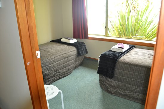 Family Unit Twin Room Picture Of Palm Court Motel Westport Tripadvisor