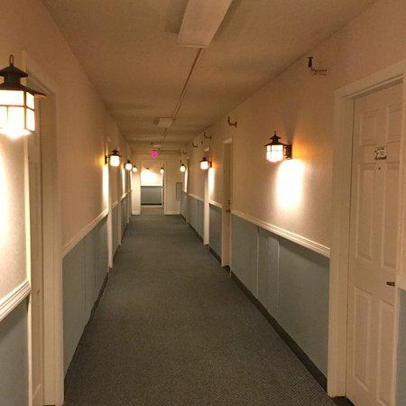 Brewer, ME: Hallway