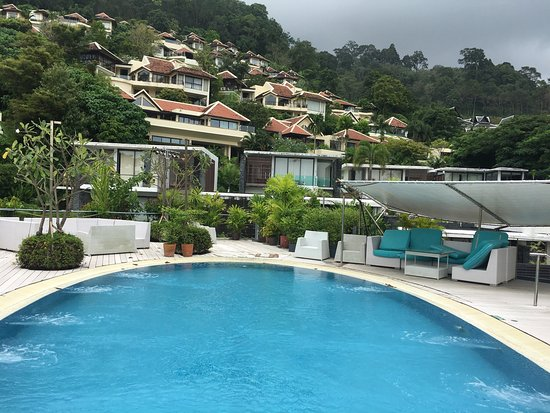IndoChine Resort & Villas is a beautiful resort. We stayed in The Ocean Suite. The plunge pool a