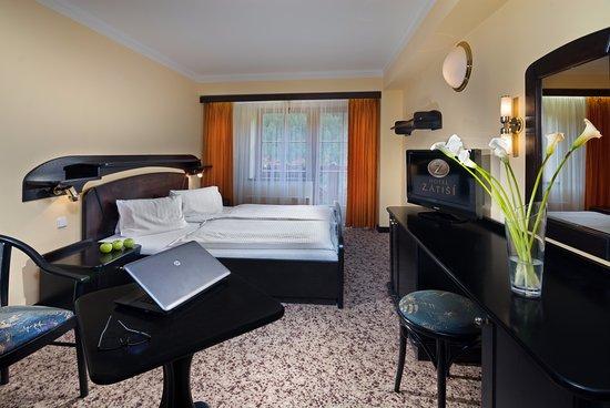 Zatisi Hotel