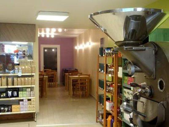 Riberac, França: le torréfacteur et le salon de thé