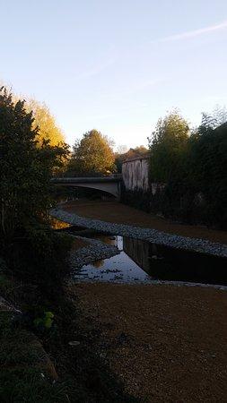 Apremont, ฝรั่งเศส: dommage pas d eau