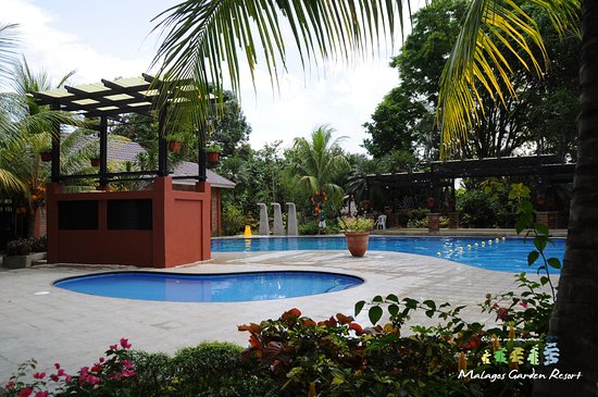 Malagos garden resort davao city all you need to know for Garden city pool hours