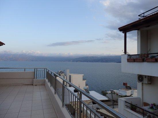 Creta Hotel Photo