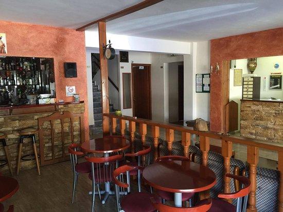Orpheus Hotel: panoramica fra bar e recepcion