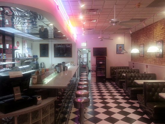 Bensenville Theatre: a view of the ice cream counter and seating