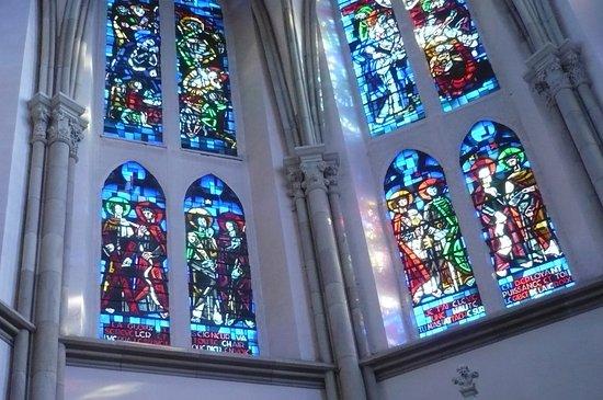 Saint Die des Vosges, Γαλλία: des vitraux 7