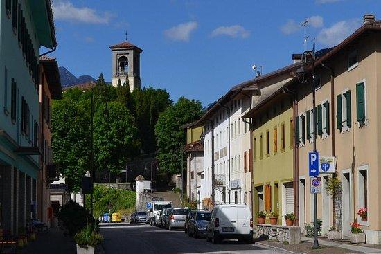 Chiusaforte, Itália: Via Roma
