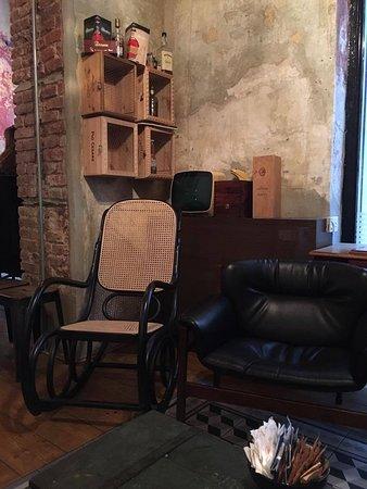 Sedia A Dondolo Milano.La Sedia A Dondolo Foto Di B Cafe Milano Tripadvisor
