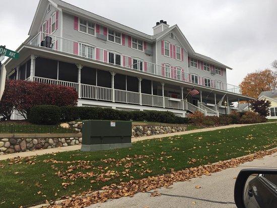 The Harbor House Inn: photo0.jpg