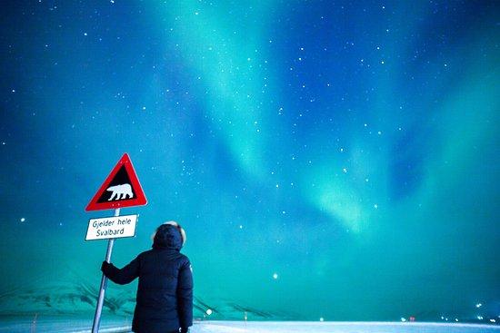 Svalbard Hotel: Photo: Anywhere Anytime photography, Svalbard, Longyearbyen, northern lights