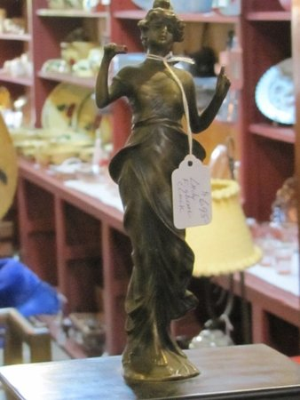 Smiths Grove, KY: ems in Quarter Moon Antiques 4