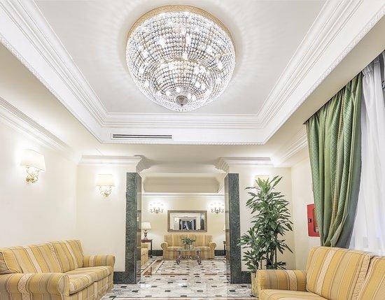 Hotel Regio: living room