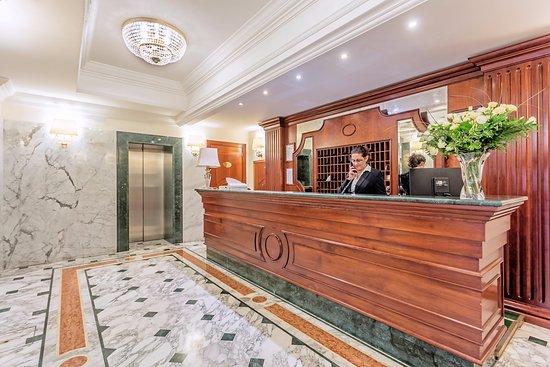 Hotel Regio: hall