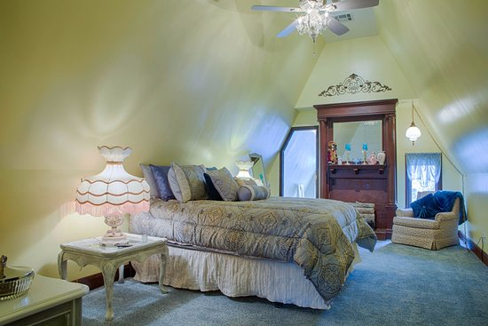 Muskogee, OK: Silk Stocking Room - located on the 3rd floor