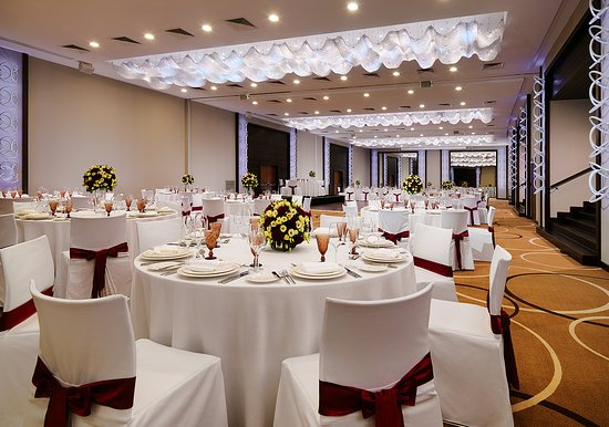 Minsk Marriott Hotel Wedding
