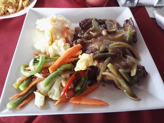 Restaurante Caballo Blanco: Sirloin with Jalapeño Sauce