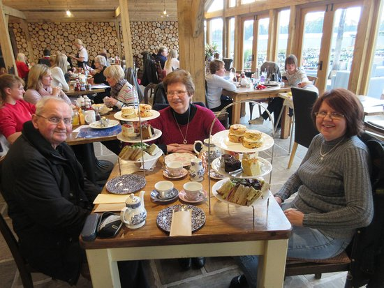Scorton, UK: Family afternoon tea