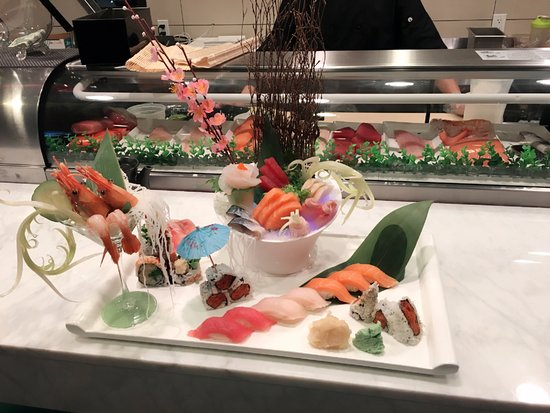 Commack, NY: sushi and sashimi