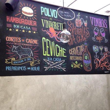 Adventure Hostel: wall (bar)