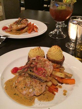 Hecla Island, Canadá: Chicken dinner
