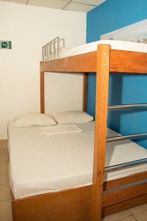 Adventure Hostel: suite for three people with bathroom